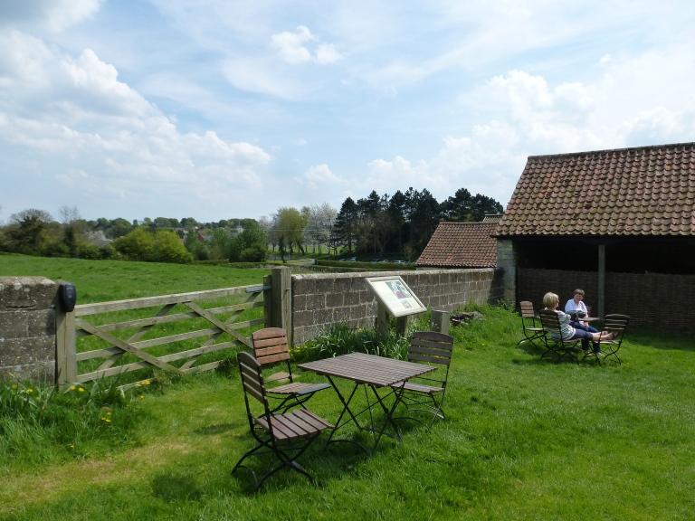 Woolsthorpe Manor - Isaac Newton Birthplace (3)