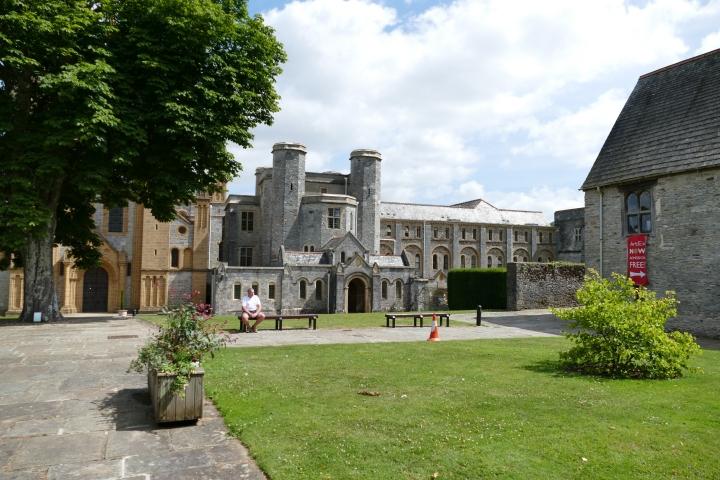 Buckfast Abbey Scenery (55)