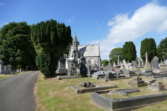 torquay-cemetery-singer-1